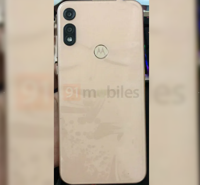 Moto E7 Appeared In Lives Images and Hands-On Video