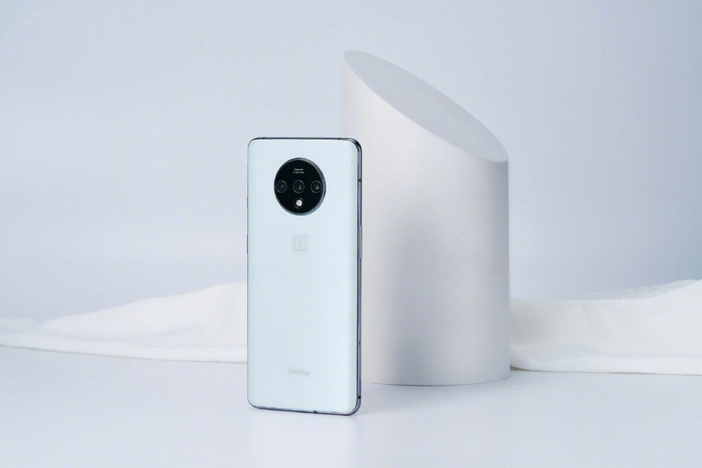 OnePlus 7T White Edition Announced In China as a Commemorative Device