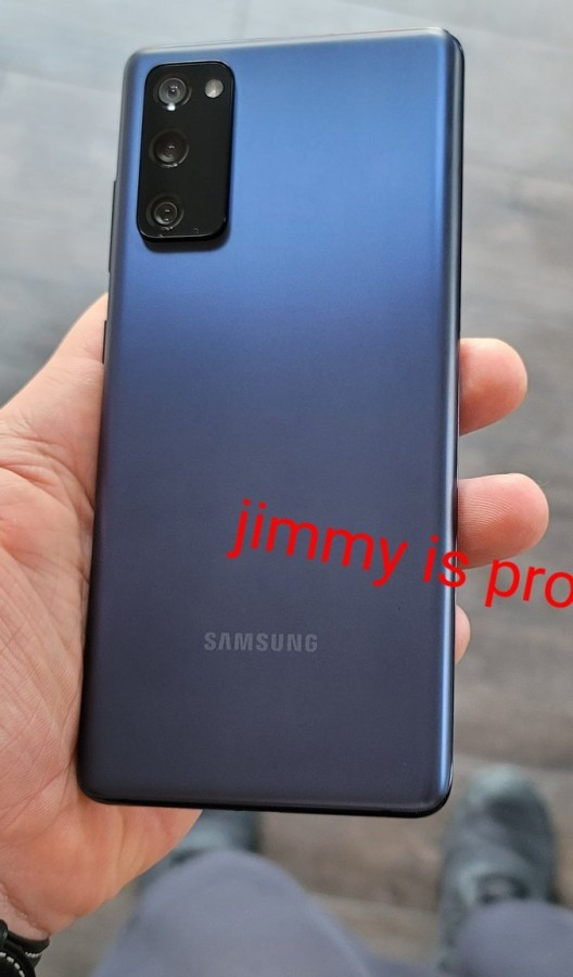 Samsung Galaxy S20 FE Appears In Live Images Flaunting The Flat Display and Triple Rear Cameras