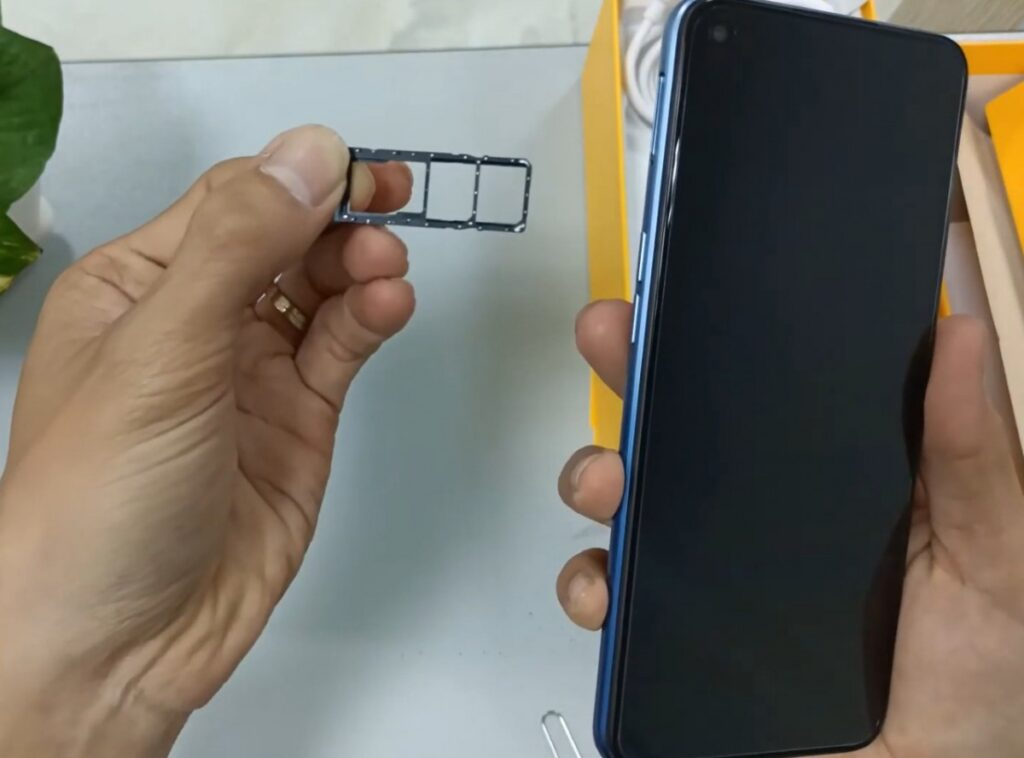 Realme 7 Spotted Online With New Design and Specs